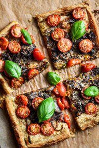 caramelized onion & tomato tart