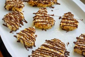 Rice Krispie treats with chocolate
