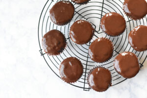 chocolate ganache frosted chocolate cupcakes