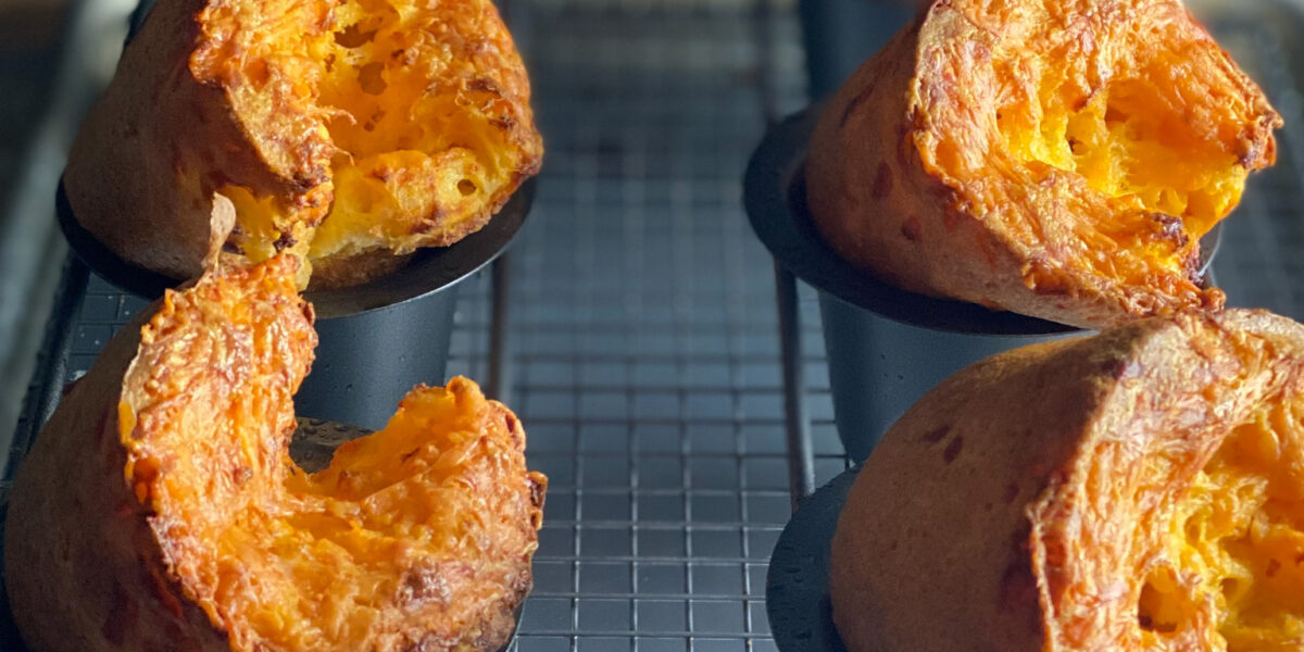 6 cheese popovers in a popover pan