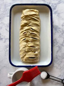 puff pastry danish and cream and sugar