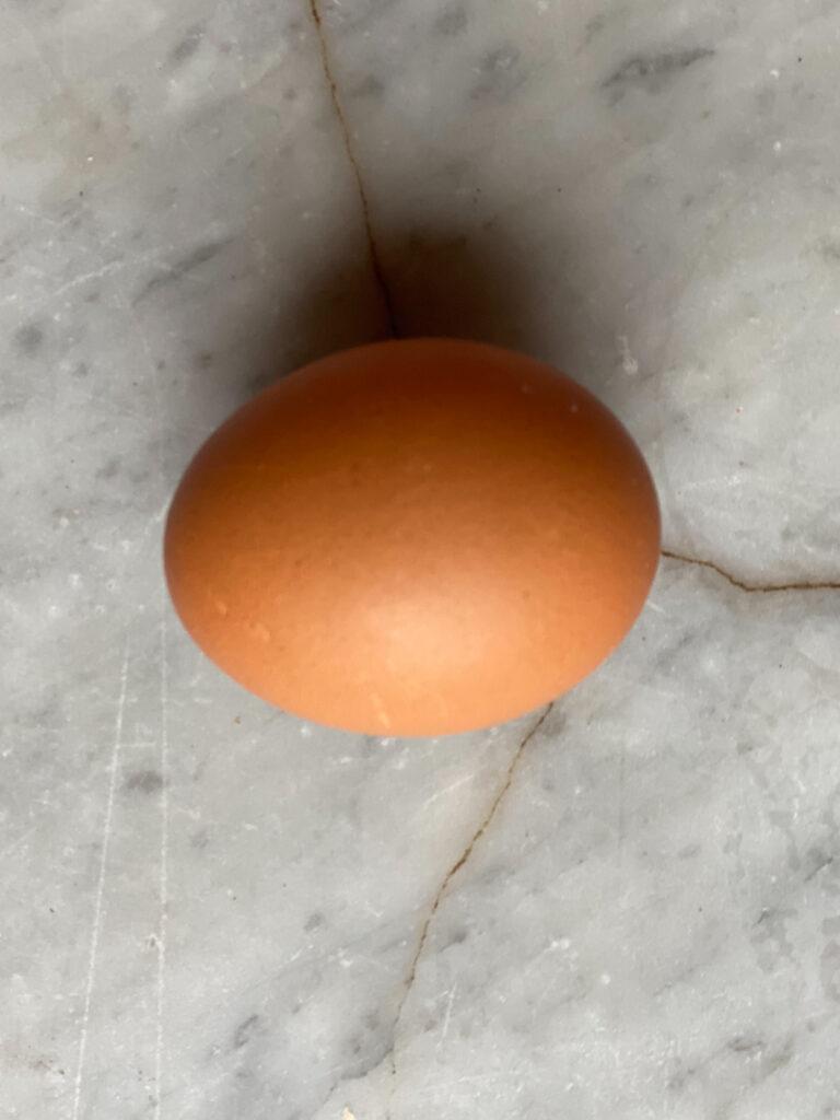 1 brown egg